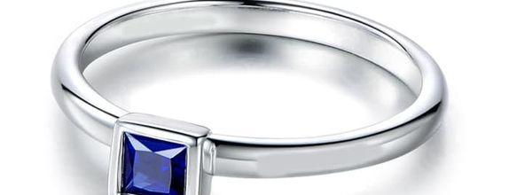 TIARIA Azure Sky Sapphire Engagement Ring Cincin Tunangan Safir