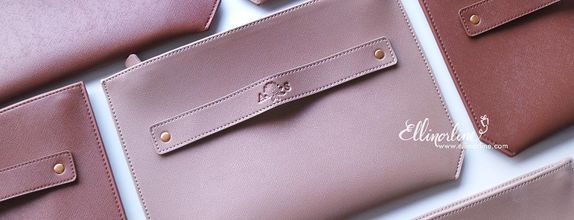 Clutch with 2 Zipper
