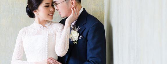 Intimate Wedding & Prewedding by Écru Pictures