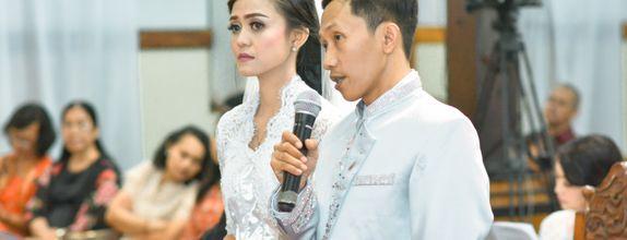 Paket New Normal Akad / Pemberkatan Videography Di Malang
