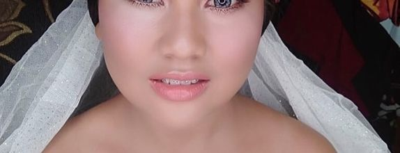 Wedding Makeup dengan Retouch