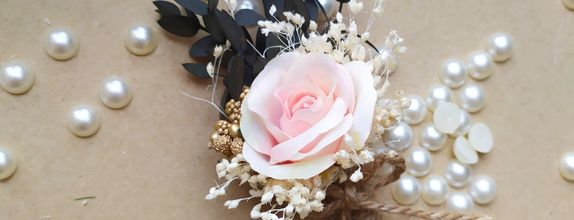 Rose corsage mix Dried flower