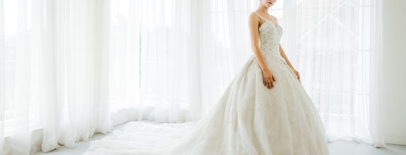 "Wedding Gown Gaun Dress grade ""Diamond"""