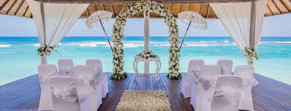 Karma Kandara Cliff Wedding Poolside