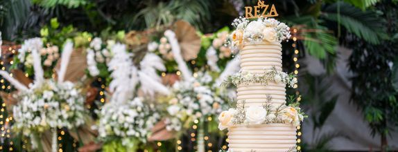 Lareia Cake & Co - Engagement Cake 1 Tier (24x18)