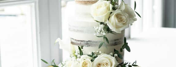 Lareia Cake & Co - Wedding Cake 3 Tier A