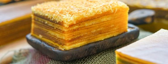 Lapis Legit Cheese ukuran Quarter 10 x 10 cm