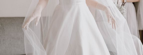 Peony - Simple Wedding Gown