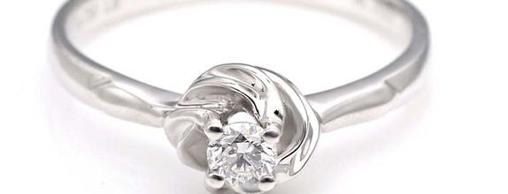 TIARIA Promise Knot Diamond Engagement Ring Cincin Tunangan Berlian