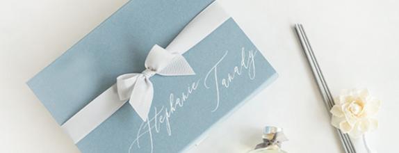 Kara Giftset with Personalized Box & Bottle