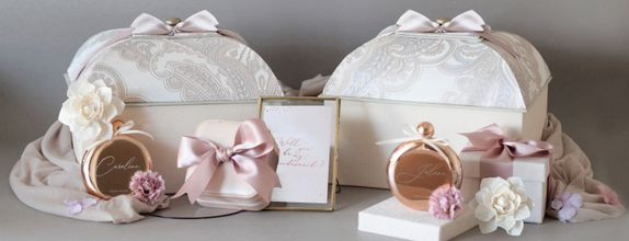 Mansard Bridesmaid Gift Box
