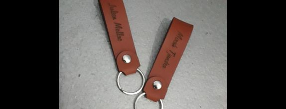 Sovenir Simple Leather Keychains / Gantungan Kunci simpel