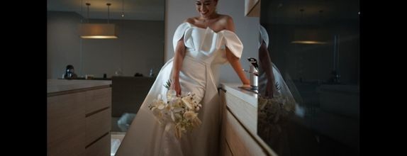 Intimate Wedding gown - rent from our collection