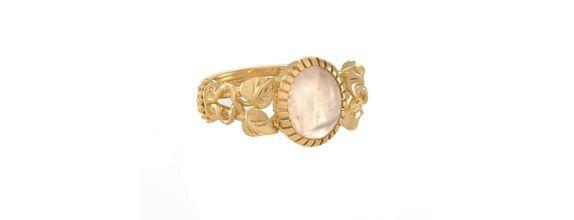 Vintage Renaissance Rose Quartz Ring Gold Dip