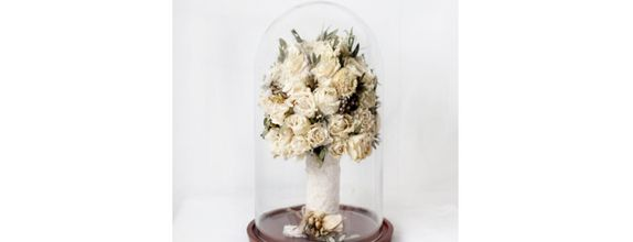 Hand Bouquet Glassdome