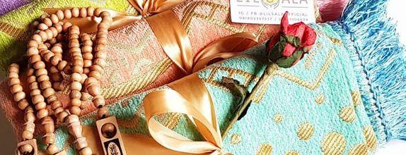 Sounevir Sajadah Turkey Pastel Gold dengan Kartu Ucapan