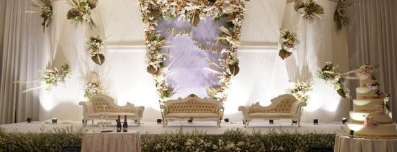 KLUB KELAPA GADING (ALL IN WEDDING PACKAGE) FOR 300 PAX