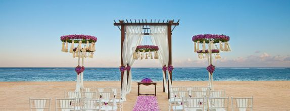 The St Regis Bali Resort - Beach Enchantment Elegance