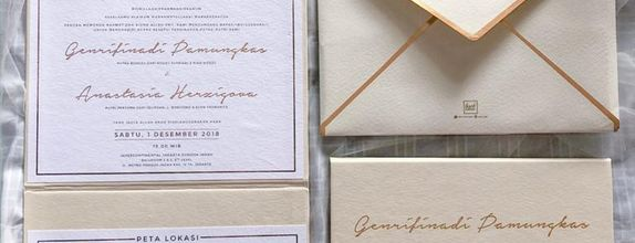 Folded board Invitation - Champagne Gold Theme