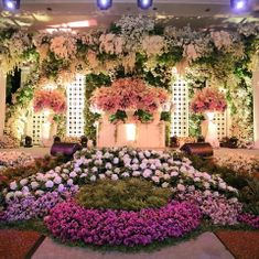 Eden design wedding decoration lighting in surabaya bridestory 5 top wedding decorators in surabaya junglespirit Gallery