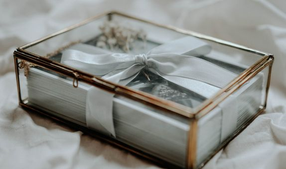 Printed Photos in Exclusive Glass Box