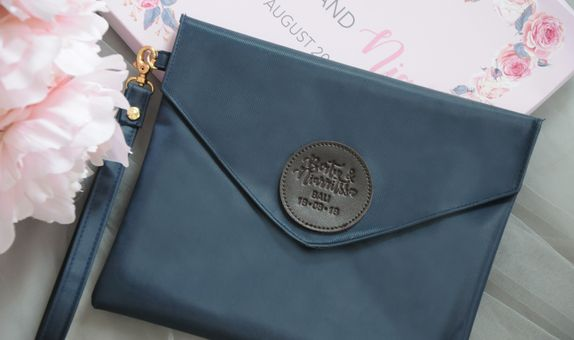 Notes pouch