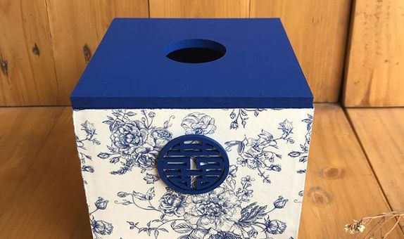 Tissue Box China Blue with Shuang Xi
