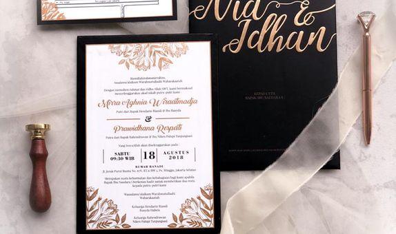 Elegant Arabian Black Gold Invitation - Single Board