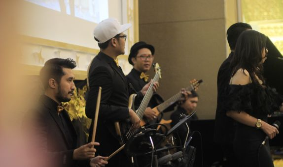 Heaven Entertainment - Mini Orchestra