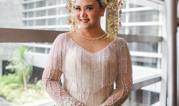 custom kebaya wedding