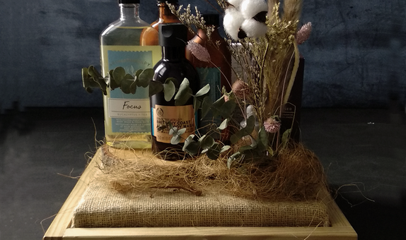 Seserahan Natural Rustic Dried Flower in Cedar Tray - Paket 8 Kotak