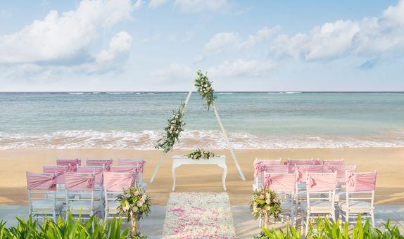 The Laguna  Resort & Spa Bali - Beach Romance Package