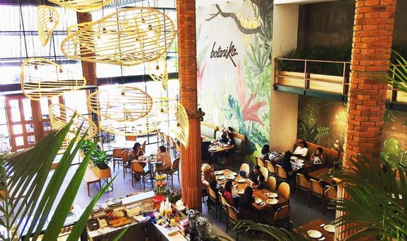 Botanika Cafe Surabaya All in Package