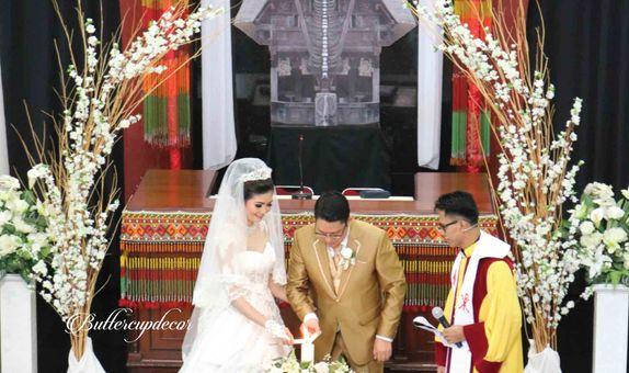 Holy Matrimony Decor