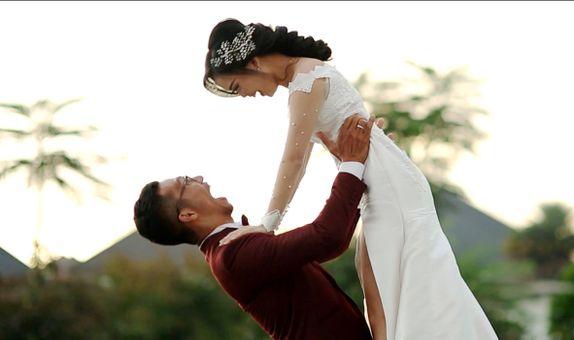 International Wedding Cinema Look