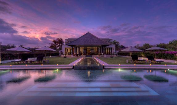 Villa Surga One - Clifftop Villa Package (101-120pax)