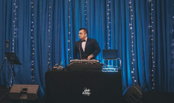 Go Intimate 100 Wedding DJ Package ( 100+ Pax Small Venue )