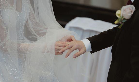 Wedding + Pre Wedding by Benny Lim