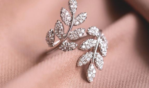 CYRENA DIAMOND RING