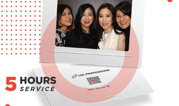 FLICKERS (Holographic or hologram 3D Photo booth) - 5 Hours Service