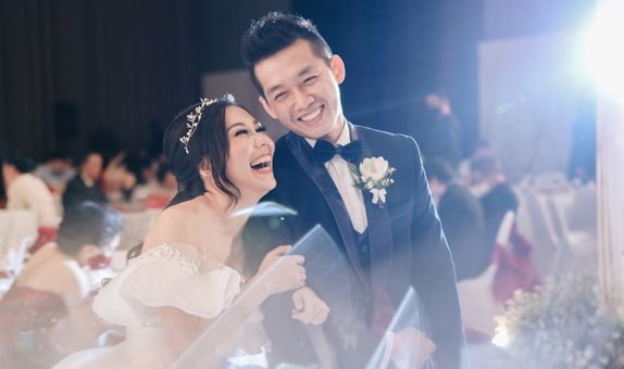 FULL DAY WEDDING PHOTOSHOOT BY AUGUST PRAWIRA (BANDUNG)
