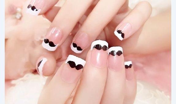 nail art - isi 24 kuku palsu dengan tema mr springless