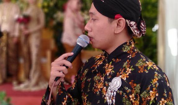 Traditional Javanese Wedding Matrimony (Temu Manten adat Jawa) MC