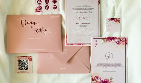 Devina & Rifqi - Single Hardcover Wedding Invitation