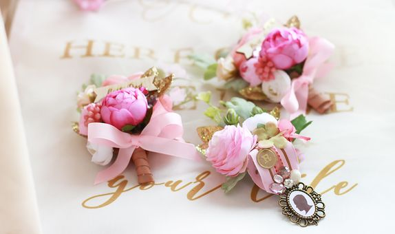 Boutonnieres for the Groom & Fathers ( Flower / Badge Style )