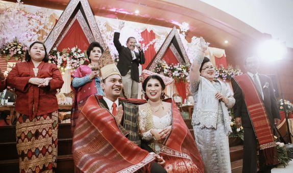 BATAK WEDDING PHOTO + VIDEO by UNIQUA STORIES