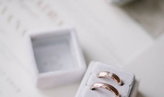 Square Double (without Personalization) Velvet Ring Box