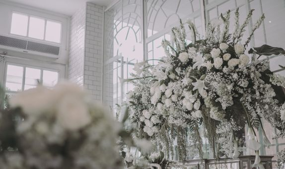 Super Intimate Wedding Ceremony