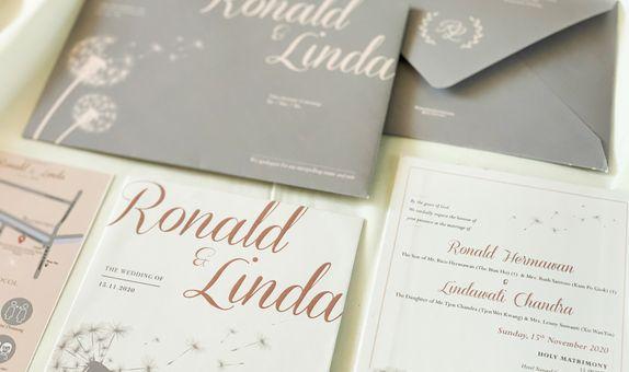 RONALD & LINDA - single hardcover wedding invitation