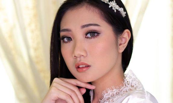 Kezia Kartika - Paket Modern Bride